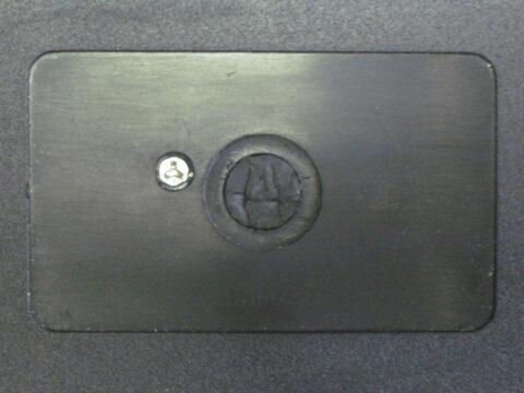 Y字型のネジ